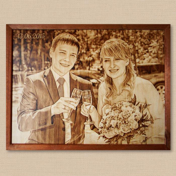 Выжженный портрет на деревянную свадьбу