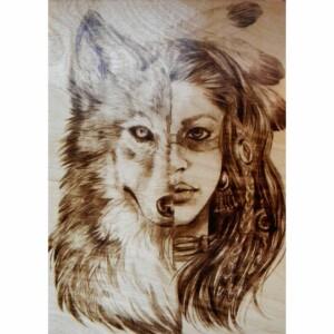 """Выжженная картина """"Девушка- волк"""""""